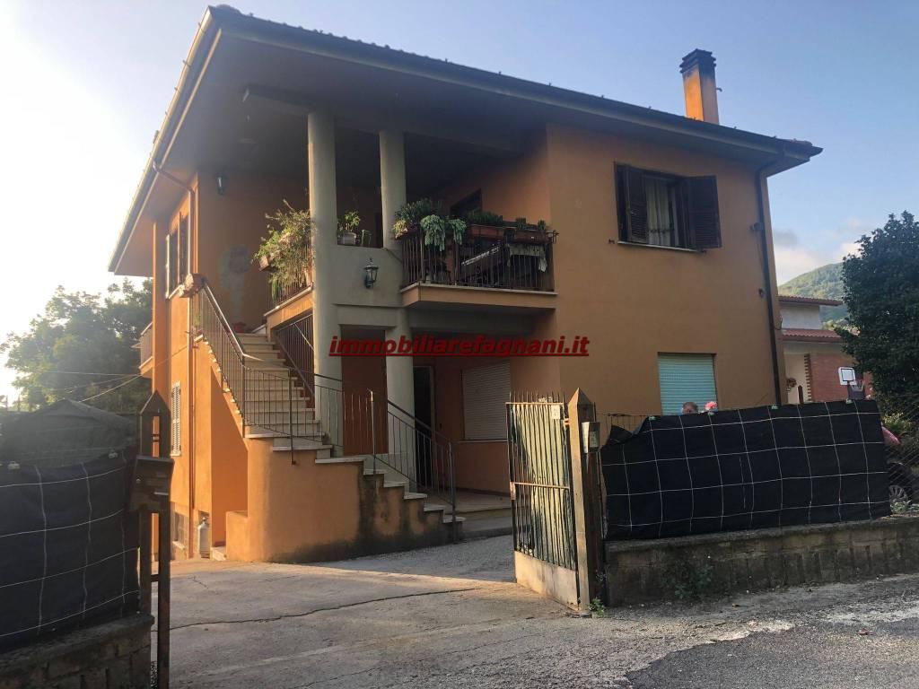 Appartamento in vendita a Velletri, 3 locali, prezzo € 155.000 | CambioCasa.it