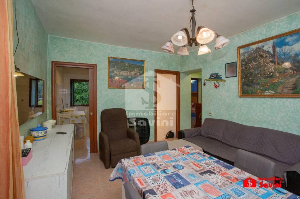 Appartamento in vendita a Lanuvio, 4 locali, prezzo € 189.000 | CambioCasa.it