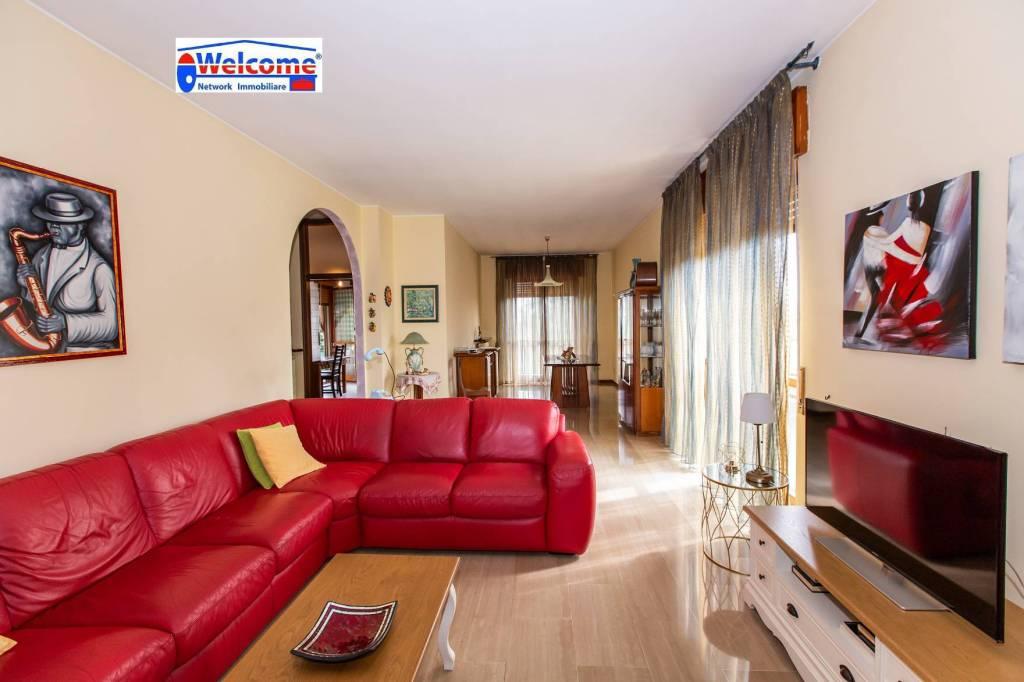 Appartamento in vendita a Rho, 4 locali, prezzo € 290.000 | PortaleAgenzieImmobiliari.it