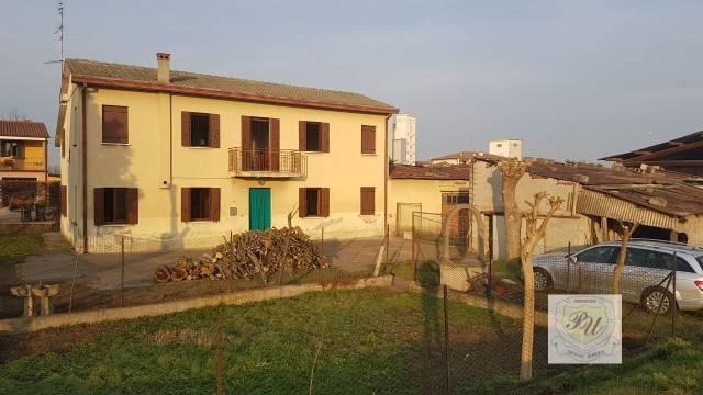 Casa Indipendente da ristrutturare in vendita Rif. 7056143