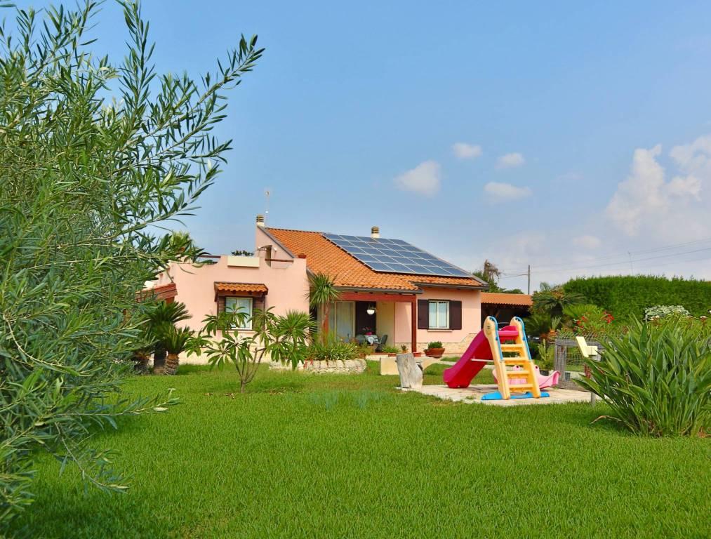 Villa 6 locali in vendita a Santa Croce Camerina (RG)