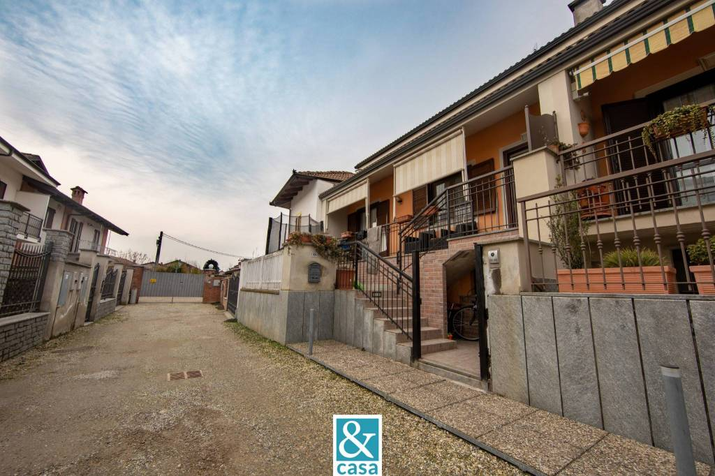 Villa in vendita a Villafranca Piemonte, 5 locali, prezzo € 157.000 | CambioCasa.it