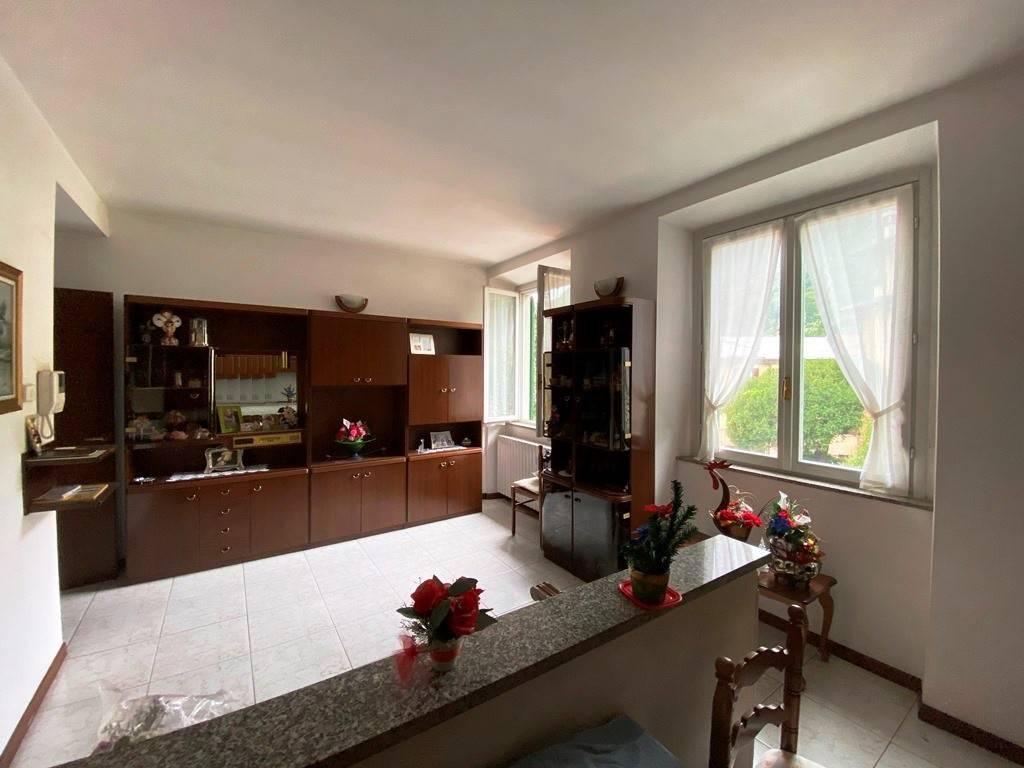 Appartamento in vendita a Asso, 2 locali, prezzo € 80.000 | PortaleAgenzieImmobiliari.it