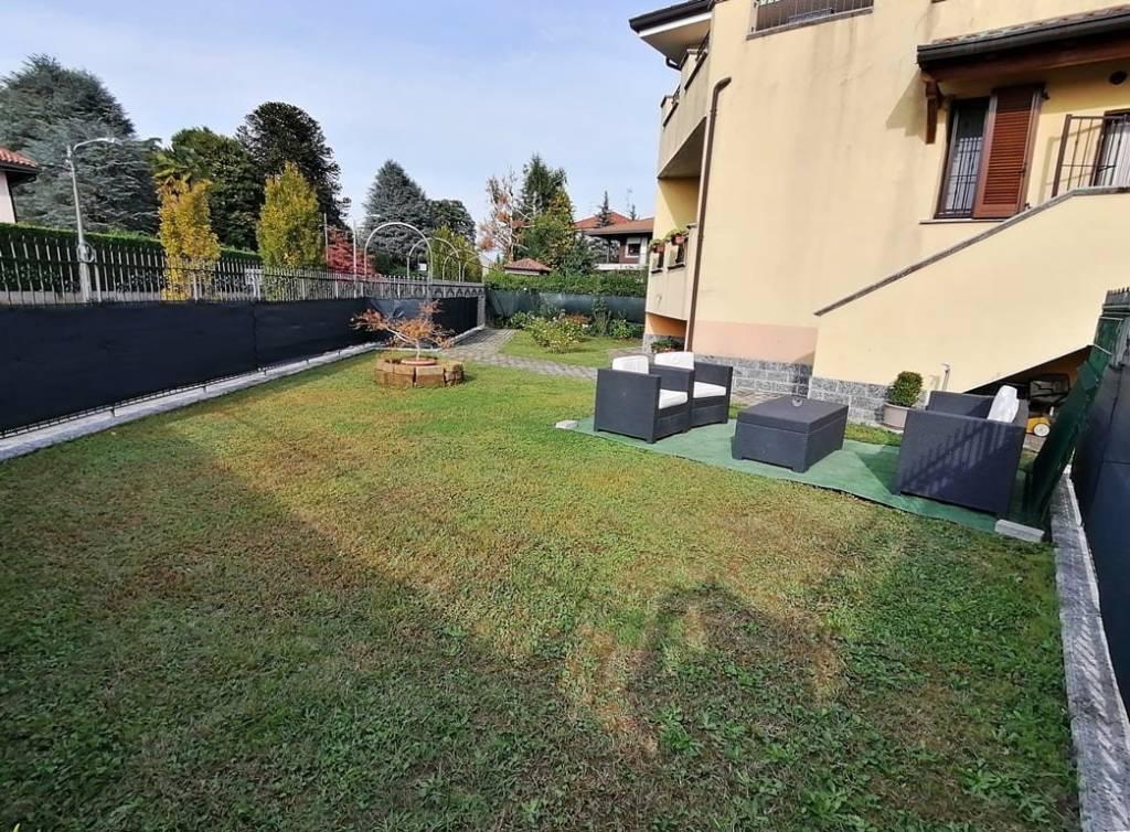 Villetta a schiera in ottime condizioni arredato in vendita Rif. 8559599