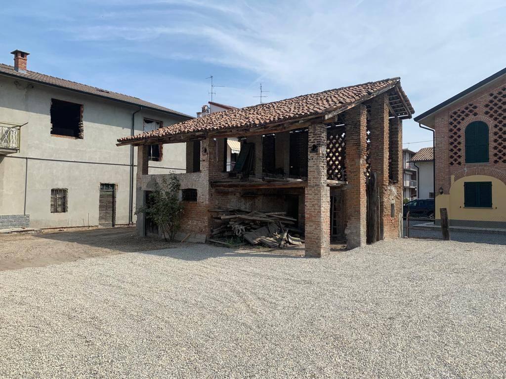 Villa a Schiera in vendita a Bressana Bottarone, 4 locali, prezzo € 48.000   PortaleAgenzieImmobiliari.it