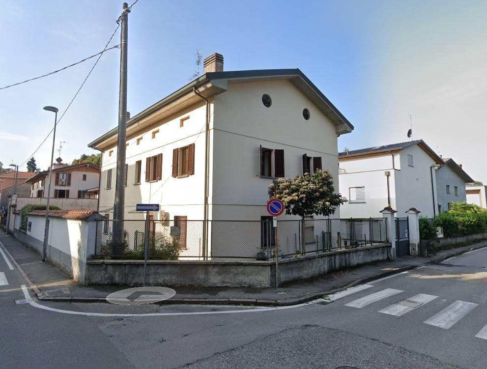 Appartamento in vendita a Vimercate, 3 locali, prezzo € 210.000 | CambioCasa.it