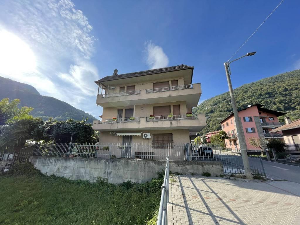 Appartamento in vendita a Ardenno, 5 locali, prezzo € 177.000 | CambioCasa.it