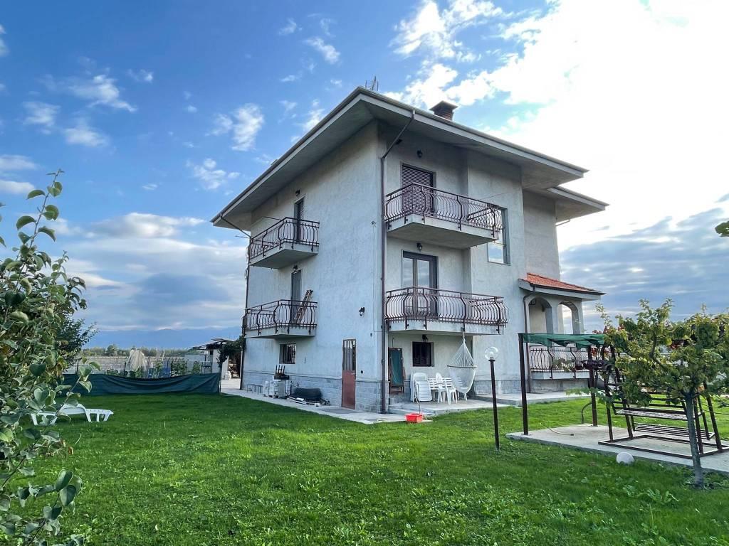 Villa in vendita a Sant'Albano Stura, 6 locali, prezzo € 235.000 | CambioCasa.it