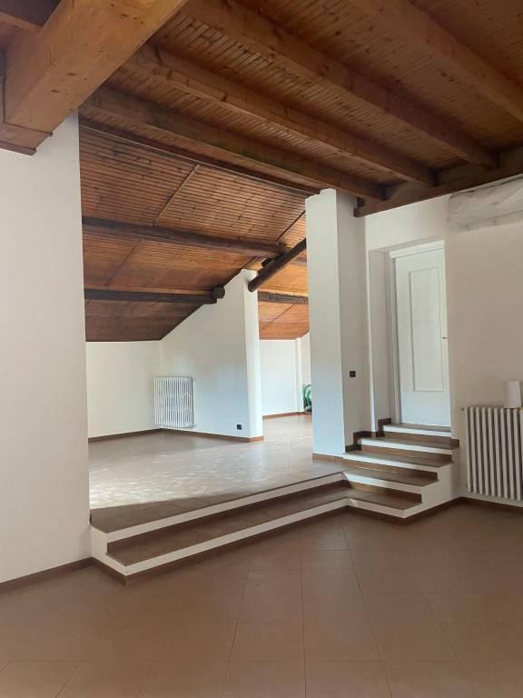 Ufficio / Studio in affitto a Pavia, 5 locali, prezzo € 2.330 | PortaleAgenzieImmobiliari.it