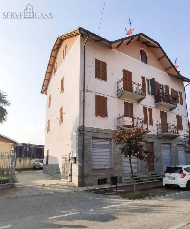 Foto 1 di Palazzo / Stabile viale Giuseppe Copperi 38, Balangero