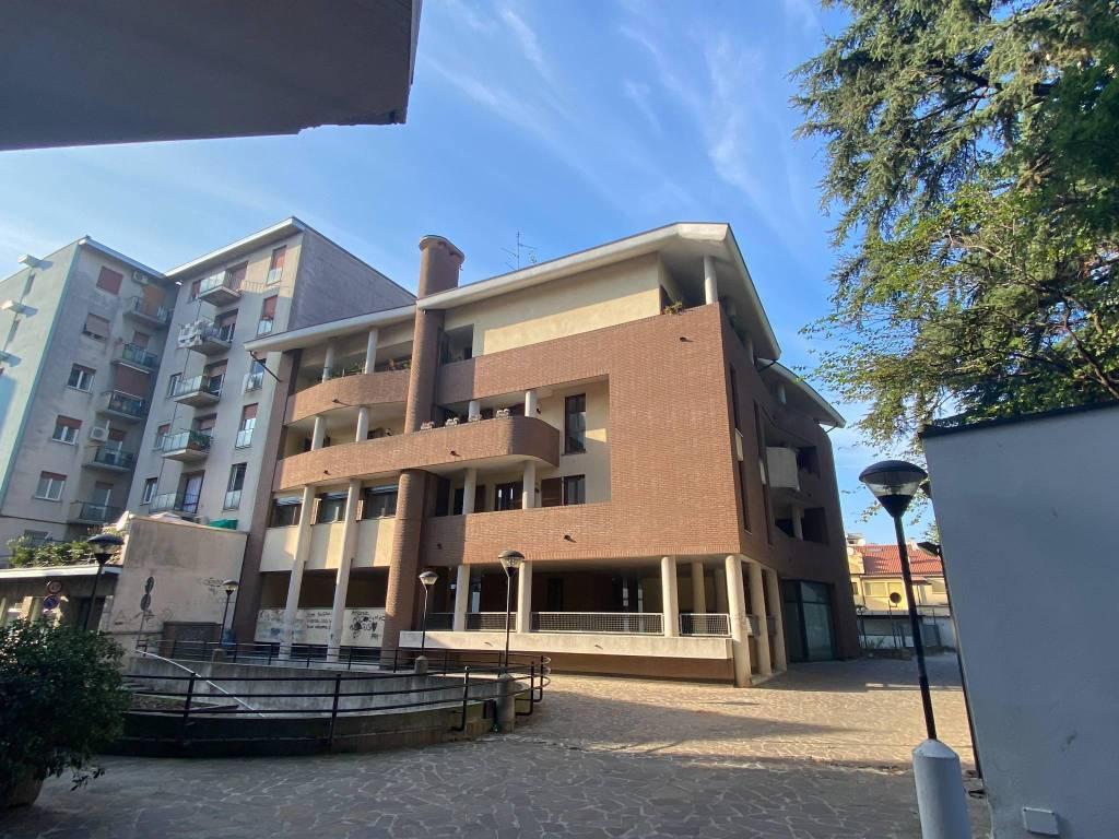 Appartamento in vendita a Lissone, 3 locali, prezzo € 210.000 | PortaleAgenzieImmobiliari.it