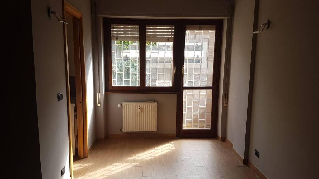 Appartamento in vendita a Roma, 1 locali, zona Zona: 31 . Giustiniana, Tomba di Nerone, Cassia, prezzo € 65.000 | CambioCasa.it