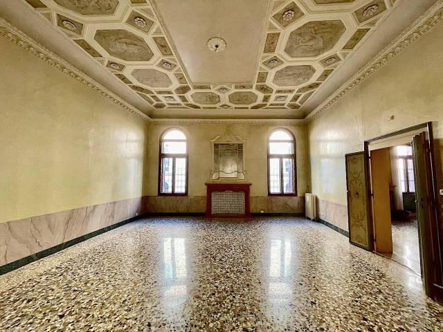 Appartamento 6 locali in affitto a Padova (PD)