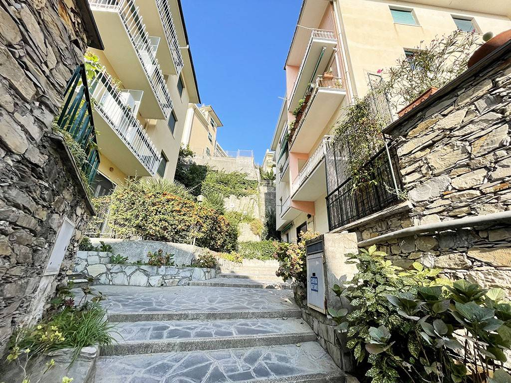 Appartamento in affitto a Bogliasco, 5 locali, prezzo € 800 | CambioCasa.it