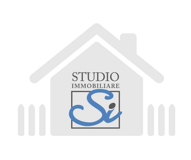 Attività commerciale in affitto Rif. 8465779