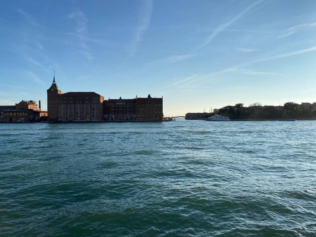 Appartamento in vendita a Venezia, 2 locali, prezzo € 240.000 | PortaleAgenzieImmobiliari.it