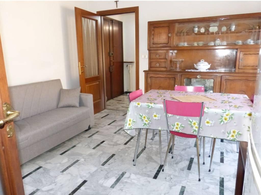 Appartamento in vendita a Fossano, 4 locali, prezzo € 96.000 | CambioCasa.it