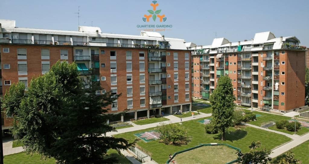Appartamento in buone condizioni in affitto Rif. 4440912