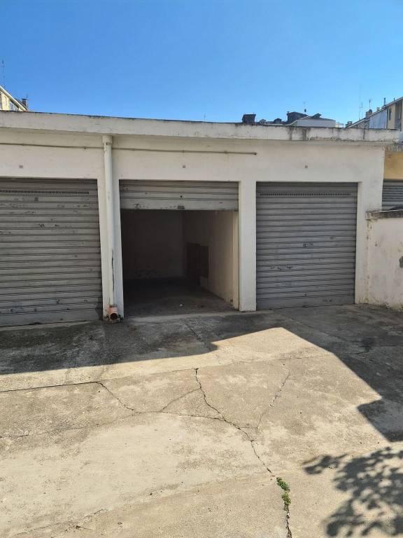 PARELLA VIA SALBERTRAND - BOX AUTO LIBERO SUBITO