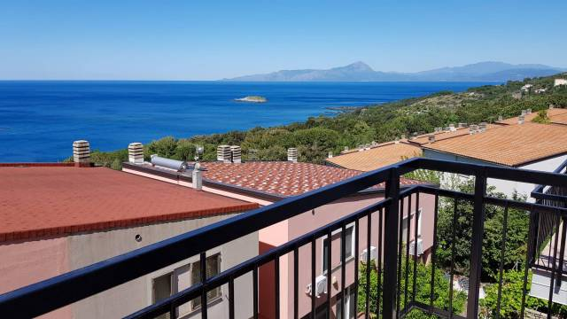 Villa a schiera 6 locali in vendita a Maratea (PZ)