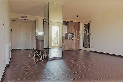 Nuovo appartamento con incantevole affaccio sul Lago Superio