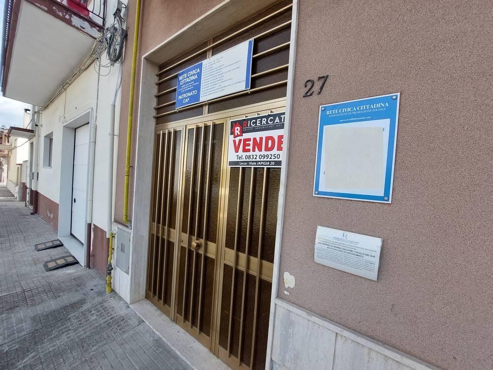 Appartamento in vendita a Lecce, 5 locali, prezzo € 145.000 | PortaleAgenzieImmobiliari.it