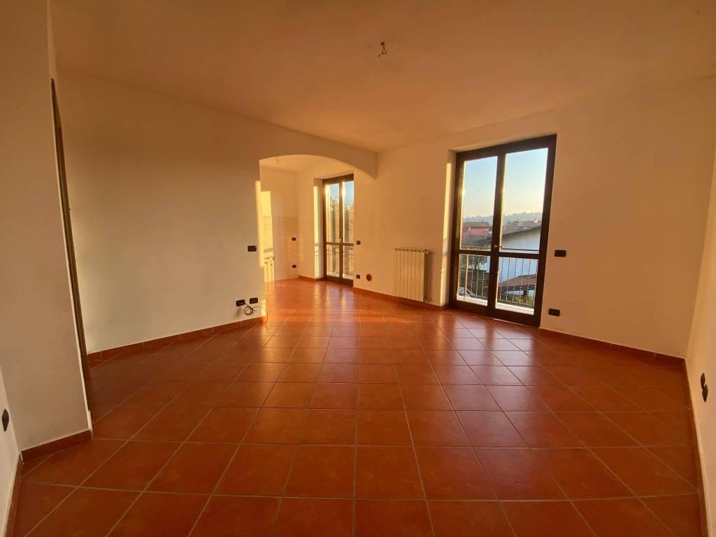 Appartamento in affitto a Borgo Ticino, 3 locali, prezzo € 550 | CambioCasa.it