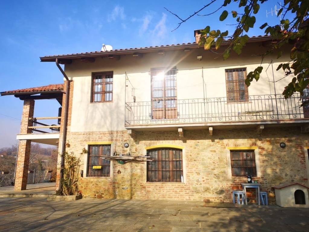 Rustico / Casale in vendita a Casalborgone, 7 locali, prezzo € 269.000 | PortaleAgenzieImmobiliari.it