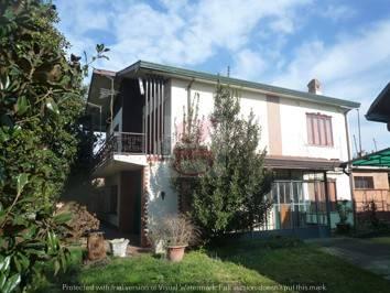 Villa in vendita a Arre, 4 locali, prezzo € 135.000 | CambioCasa.it