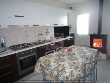 Villa in buone condizioni in vendita Rif. 4443754