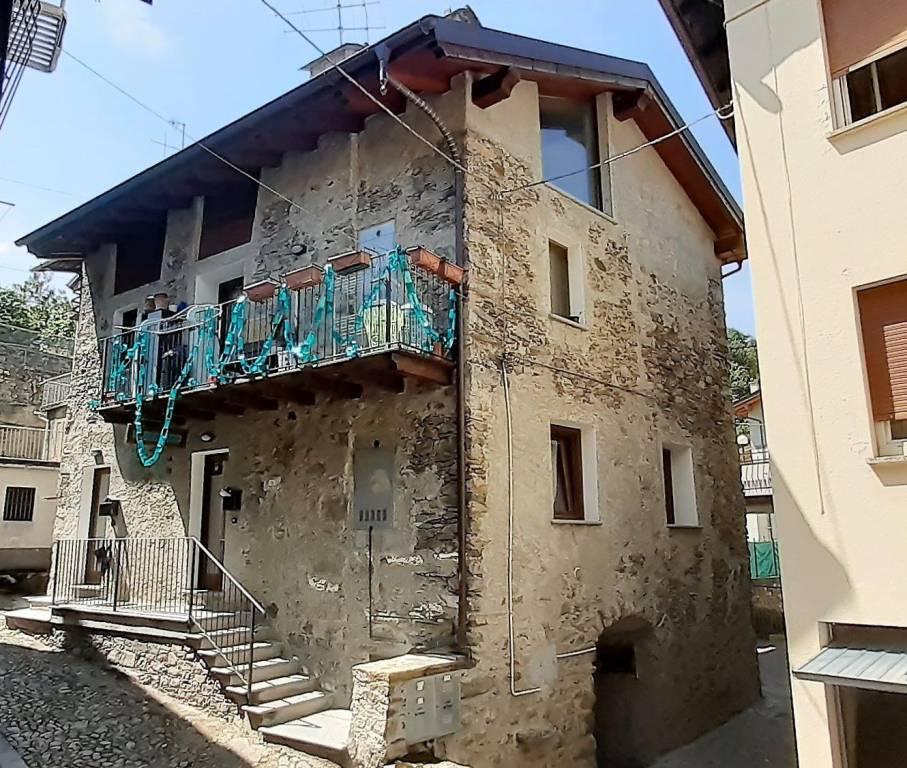 Appartamento in affitto a Tresivio, 3 locali, prezzo € 400   CambioCasa.it