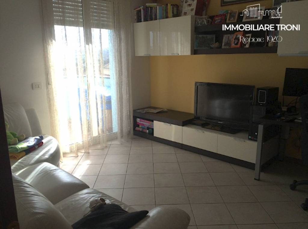 Appartamento in vendita a San Clemente, 4 locali, prezzo € 210.000 | PortaleAgenzieImmobiliari.it