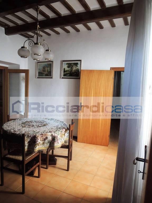 Appartamento in buone condizioni arredato in vendita Rif. 9225729