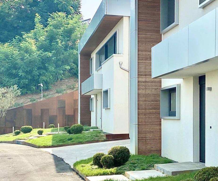 Villa in vendita Rif. 8402027