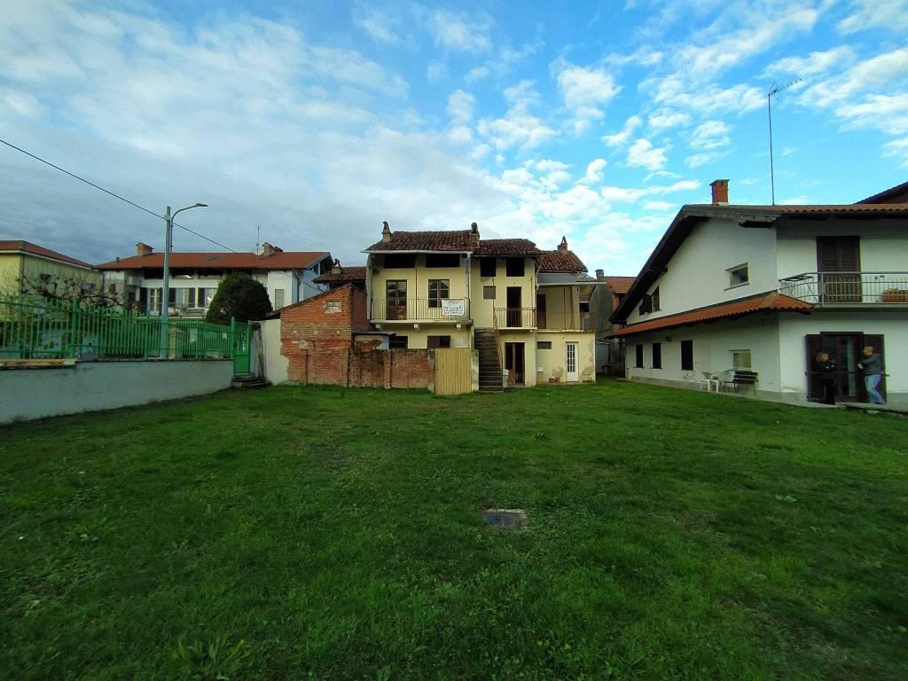 Rustico / Casale in vendita a Grosso, 11 locali, prezzo € 100.000 | PortaleAgenzieImmobiliari.it