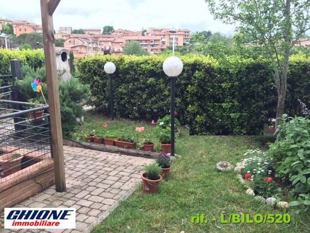 Appartamento in buone condizioni arredato in affitto Rif. 7807134