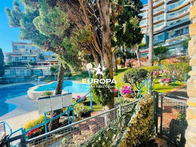 Appartamento in Vendita a San Remo Periferia Nord: 5 locali, 186 mq