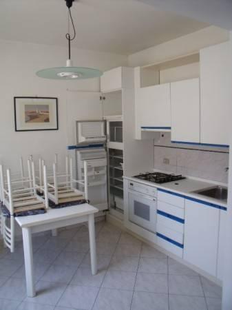 Appartamento in Affitto a Pistoia Centro: 3 locali, 70 mq