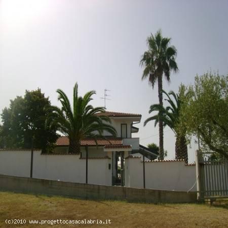 Villa in ottime condizioni arredato in vendita Rif. 4372932