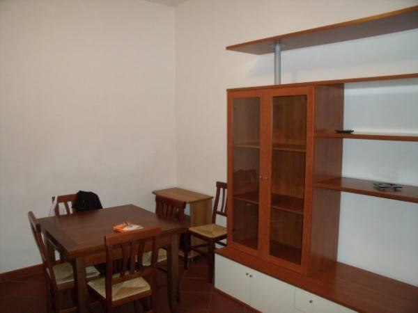 Appartamento in Affitto a Pistoia Semicentro: 2 locali, 55 mq