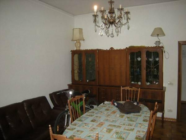 Appartamento in Affitto a Quarrata Centro: 4 locali, 100 mq