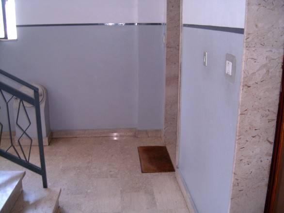 Appartamento in buone condizioni in affitto Rif. 8336380