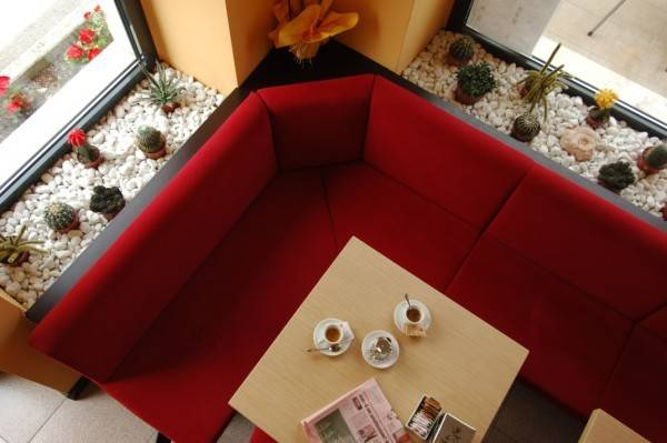 Foto hotel/albergo/turismo in vendita a Riva del Garda (Trento)