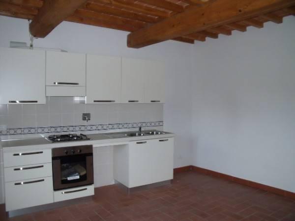Rustico in Affitto a Pistoia Periferia Sud: 5 locali, 149 mq
