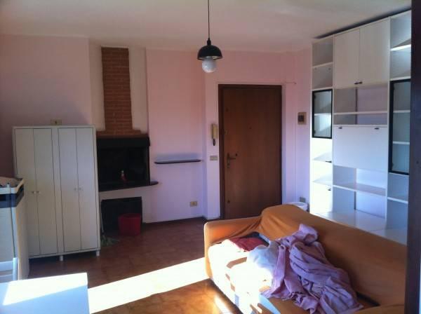 Appartamento in buone condizioni arredato in vendita Rif. 4425880