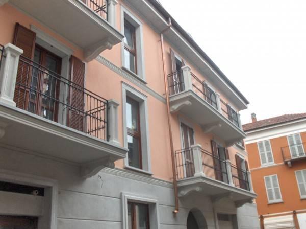 Appartamento in vendita a Arona, 3 locali, prezzo € 280.000 | PortaleAgenzieImmobiliari.it