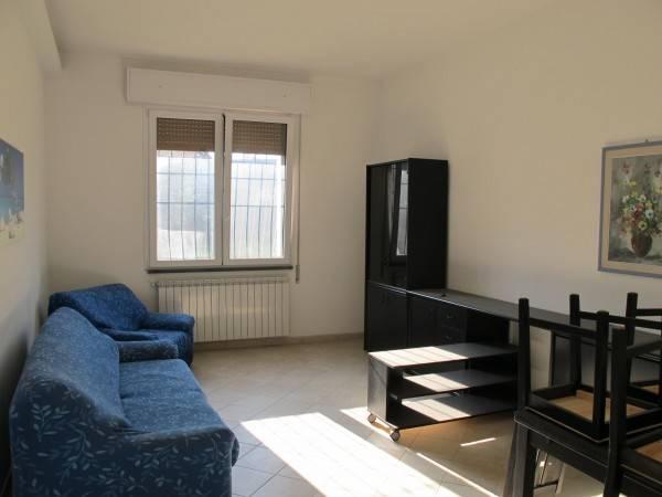 Appartamento in Affitto a Pistoia Semicentro: 2 locali, 65 mq