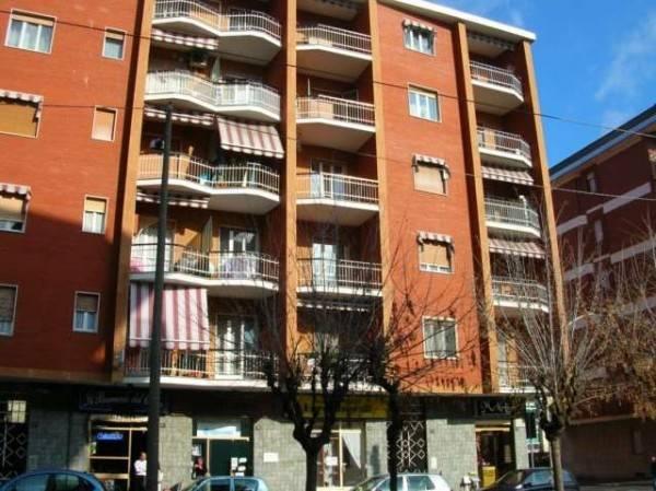 Appartamento in ottime condizioni arredato in affitto Rif. 6772934