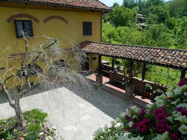Rustico in Vendita a Ferrere Periferia:  5 locali, 490 mq  - Foto 1