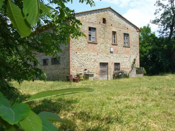 Rustico in vendita a Arezzo (AR)